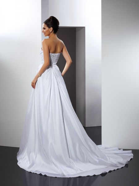 A-Line/Princess Sleeveless Court Train Ruffles Satin Sweetheart Wedding Dresses
