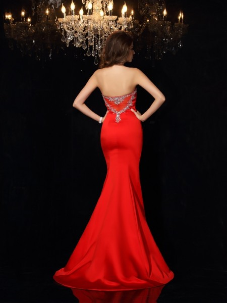 Sheath/Column Sleeveless Court Train Beading Satin Sweetheart Dresses