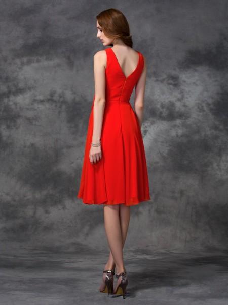 A-line/Princess Ruffles Knee-length Scoop Sleeveless Chiffon Bridesmaid Dresses