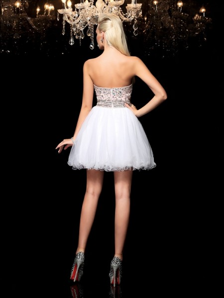 A-Line/Princess Beading Short/Mini Sweetheart Sleeveless Net Cocktail Dresses