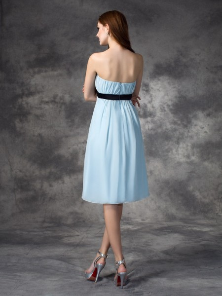 A-line/Princess Rhinestone Knee-Length Strapless Sleeveless Chiffon Bridesmaid Dresses