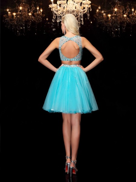 A-Line/Princess Rhinestone Short/Mini Scoop Sleeveless Net Cocktail Dresses