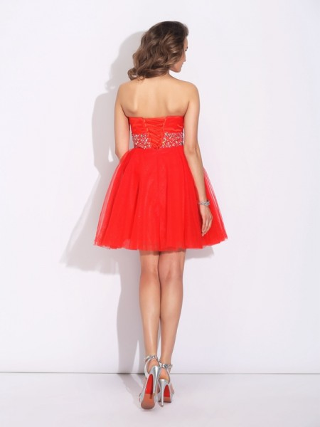 A-Line/Princess Rhinestone Short/Mini Sweetheart Sleeveless Net Cocktail Dresses
