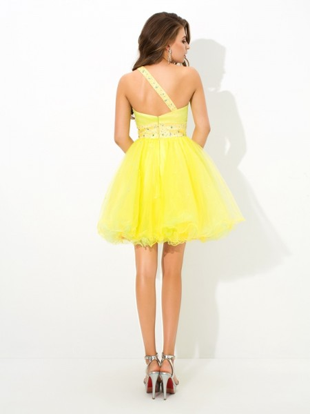 A-Line/Princess Beading Short/Mini One-Shoulder Sleeveless Net Cocktail Dresses