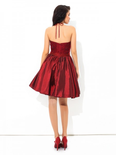 A-Line/Princess Beading Short/Mini Halter Sleeveless Taffeta Cocktail Dresses