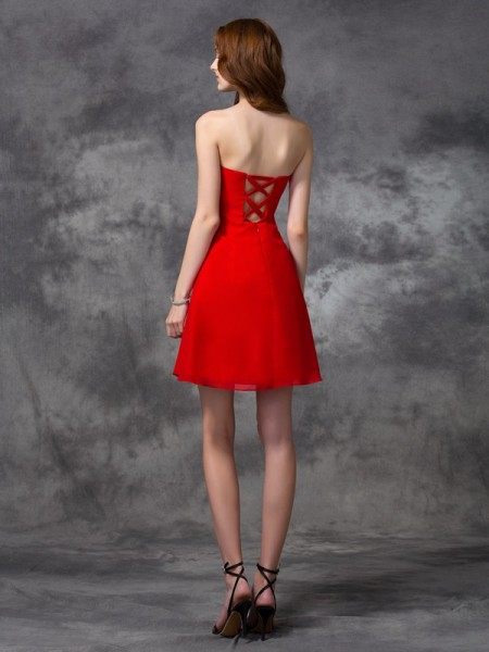 A-line/Princess Ruched Short/Mini Sweetheart Sleeveless Chiffon Cocktail Dresses