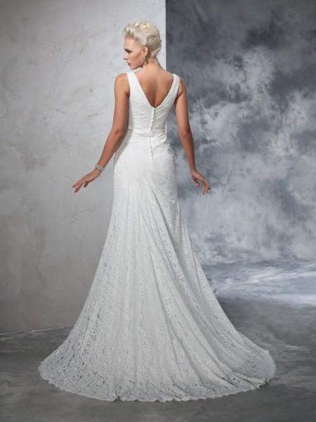 Trumpet/Mermaid Lace Court Train V-neck Sleeveless Lace Wedding Dresses