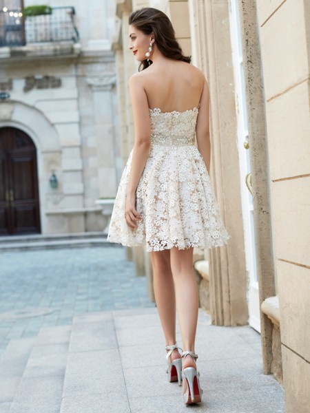 A-Line/Princess Short/Mini Sleeveless Rhinestone Sweetheart Lace Dresses