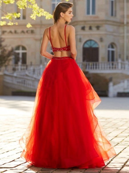 A-Line/Princess Spaghetti Straps Sleeveless Tulle Floor-Length Beading Two Piece Dresses