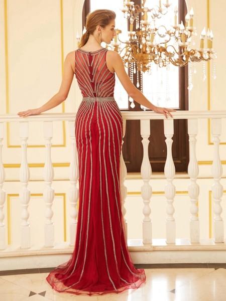 Sheath/Column Scoop Sleeveless Net Sweep/Brush Train Beading Dresses