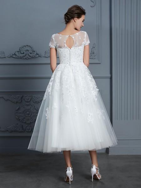 A-Line/Princess Beading Tea-Length Scoop Short Sleeves Tulle Wedding Dresses