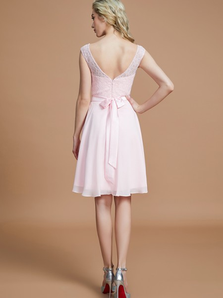 A-Line/Princess Short/Mini Bateau Sleeveless Pink Chiffon Bridesmaid Dresses