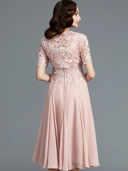 A-Line/Princess Tea-Length Scoop Sleeveless Pink Chiffon Mother of the Bride Dresses