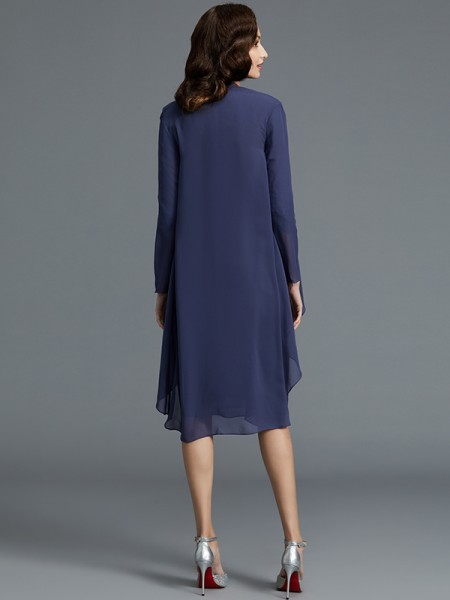 Sheath/Column Knee-Length Sweetheart 1/2 Sleeves Dark Navy Chiffon Mother of the Bride Dresses
