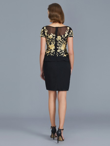 Sheath/Column Chiffon Scoop Knee-Length Ruffles Short Sleeves Mother of the Bride Dresses
