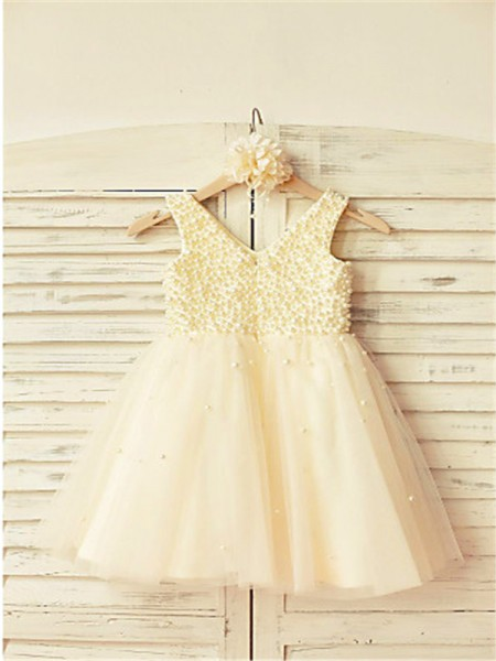 A-line/Princess Sleeveless Tulle Tea-Length Pearls V-neck Flower Girl Dresses