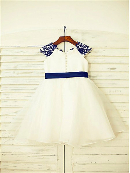 A-Line/Princess Tea-Length Applique Scoop Sleeveless Tulle Flower Girl Dress