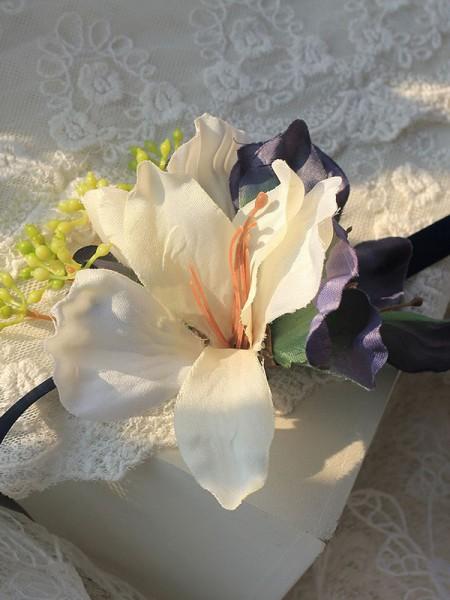 Cute Bridal Cloth Wrist Corsage