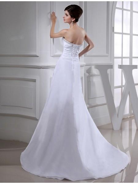 A-Line/Princess Beading Taffeta Sleeveless Court Train Strapless Wedding Dresses