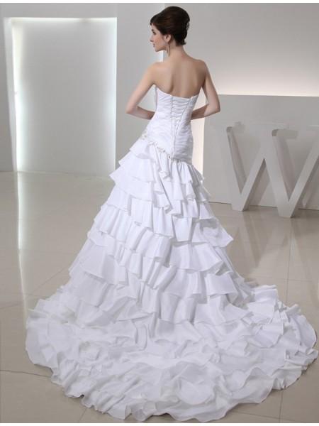 A-Line/Princess Beading Applique Taffeta Sleeveless Chapel Train Sweetheart Wedding Dresses
