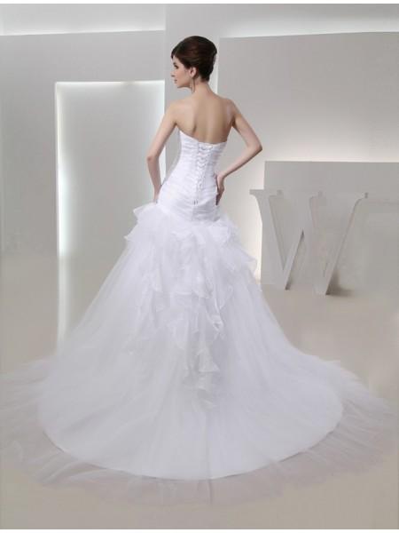 Trumpet/Mermaid Pleats Hand-Made Flower Organza Sleeveless Chapel Train Sweetheart Wedding Dresses