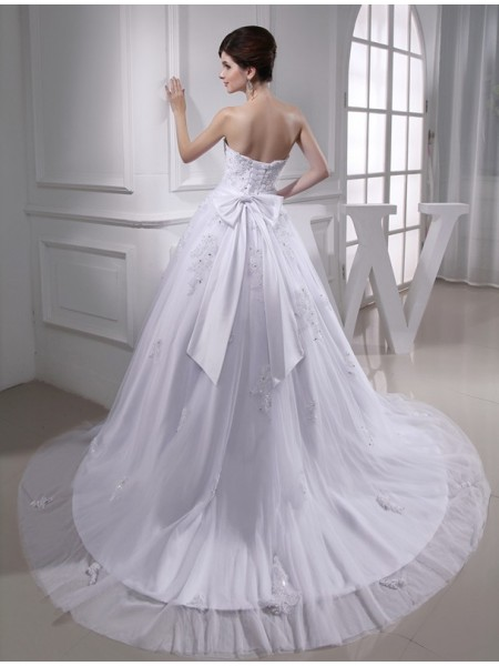 Ball Gown Beading Applique Satin Tulle Sleeveless Chapel Train Strapless Wedding Dresses