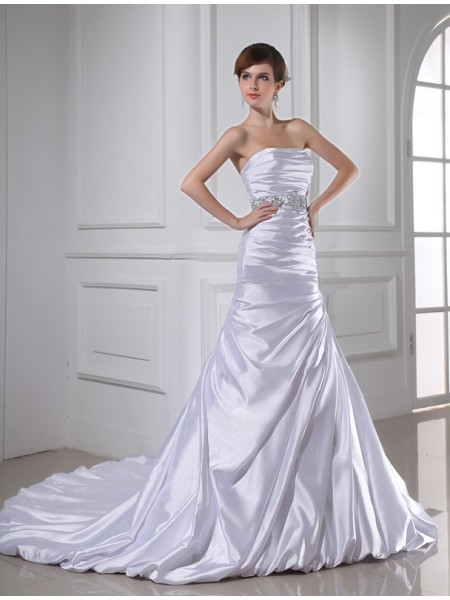 Trumpet/Mermaid Beading Applique Elastic Woven Satin Sleeveless Chapel Train Strapless Wedding Dresses