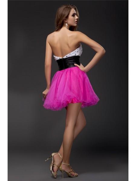 A-Line/Princess Sash/Ribbon/Belt Beading Elastic Woven Satin Organza Sleeveless Short/Mini Sweetheart Short Cocktail Dresses