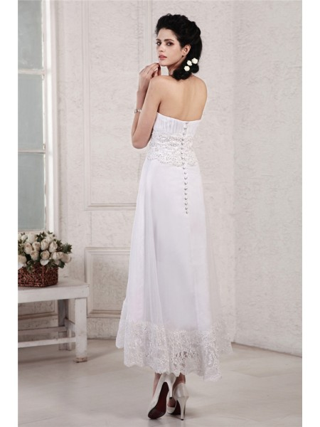 A-Line/Princess Pleats Beading Applique Chiffon Sleeveless Tea-Length Strapless Wedding Dresses