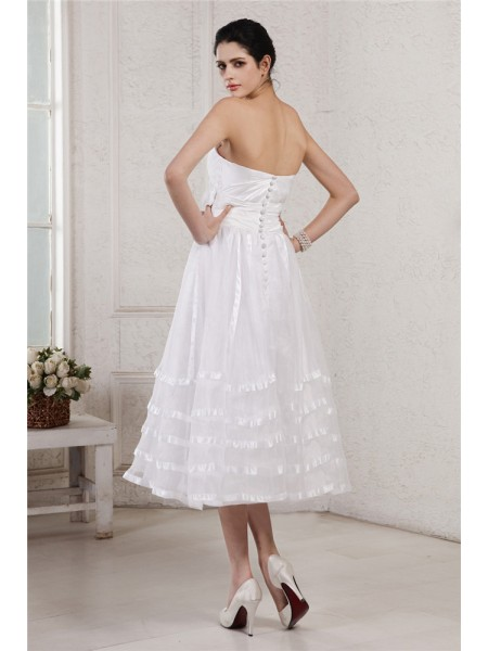 A-Line/Princess Pleats Hand-Made Flower Taffeta Organza Sleeveless Tea-Length Strapless Wedding Dresses