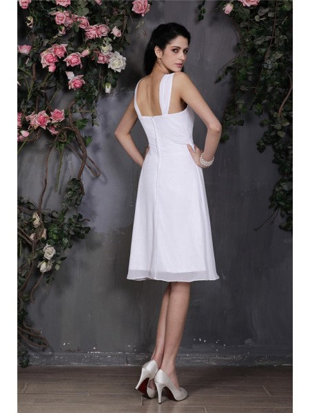 Sheath/Column Pleats Chiffon Sleeveless Knee-Length Straps Bridesmaid Dresses