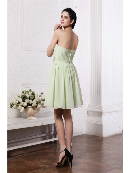A-Line/Princess Pleats Hand-Made Flower Chiffon Sleeveless Short/Mini Sweetheart Bridesmaid Dresses
