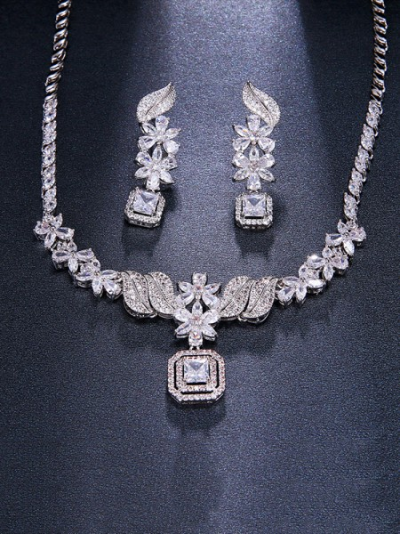 Ladies Luxurious Alloy With Zircon Jewelry Set