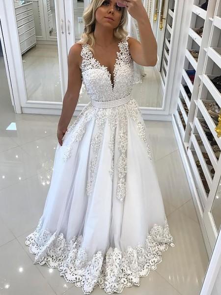 A-Line/Princess Floor-Length Tulle Sleeveless V-Neck Lace Dresses