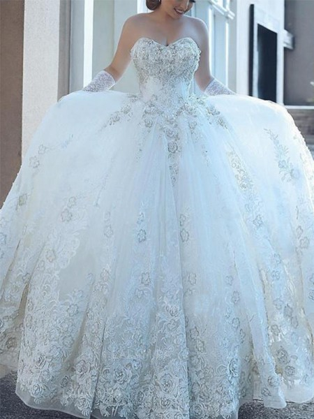 Ball Gown Tulle Applique Sweetheart Sleeveless Cathedral Train White Wedding Dresses