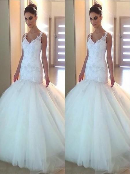 Trumpet/Mermaid Tulle Applique V-neck Sleeveless Court Train Ivory Wedding Dresses