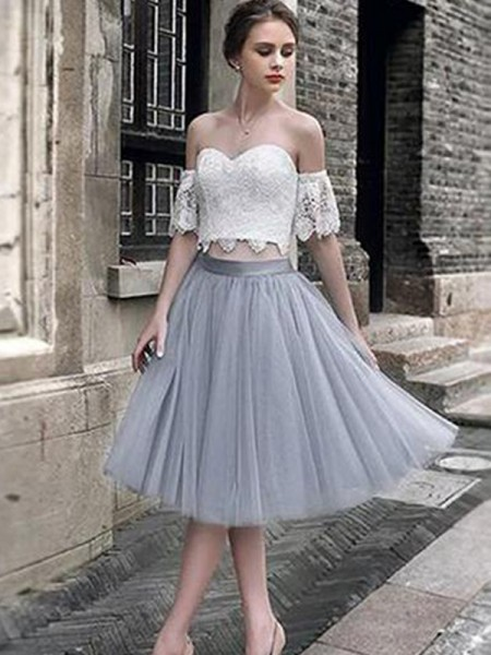 A-Line/Princess Sweetheart Tulle Tea-Length Sleeveless Dresses