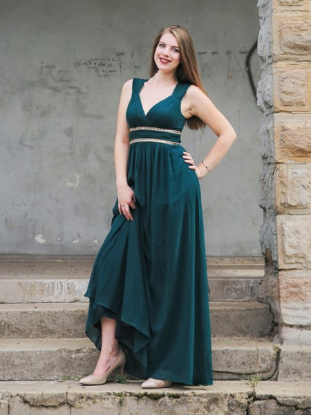 Empire V-neck Chiffon Floor-Length Sleeveless Dresses
