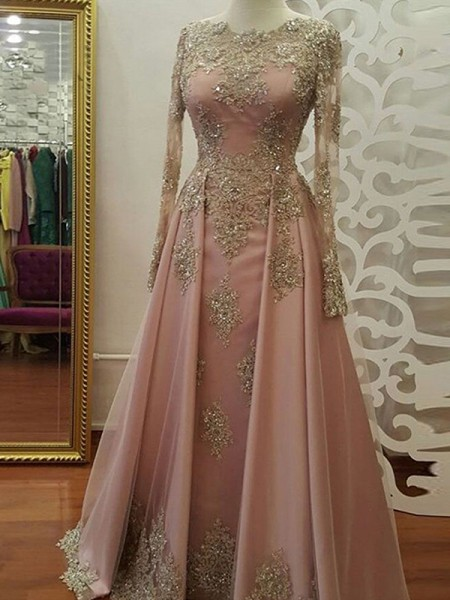 A-Line/Princess Scoop Tulle Floor-Length Long Sleeves Dresses