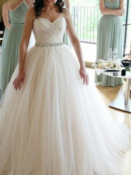 Ball Gown Sweetheart Beading Sleeveless Floor-Length Tulle Wedding Dresses