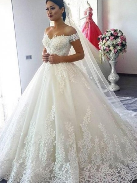 Ball Gown Off-the-Shoulder Lace Sleeveless Sweep/Brush Train Tulle Wedding Dresses