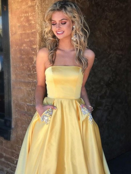A-Line/Princess Strapless Beading Sleeveless Sweep/Brush Train Satin Dresses