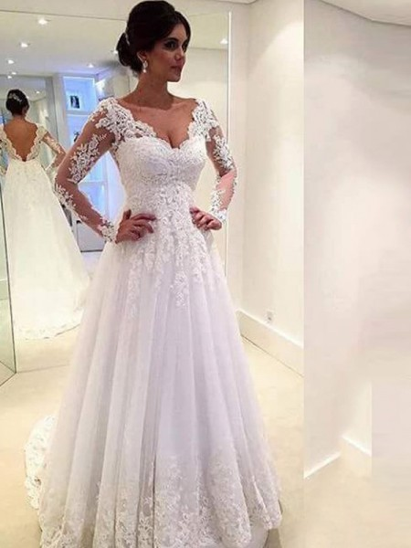 Ball Gown Sweep/Brush Train Tulle Long Sleeves V-neck Lace Wedding Dresses