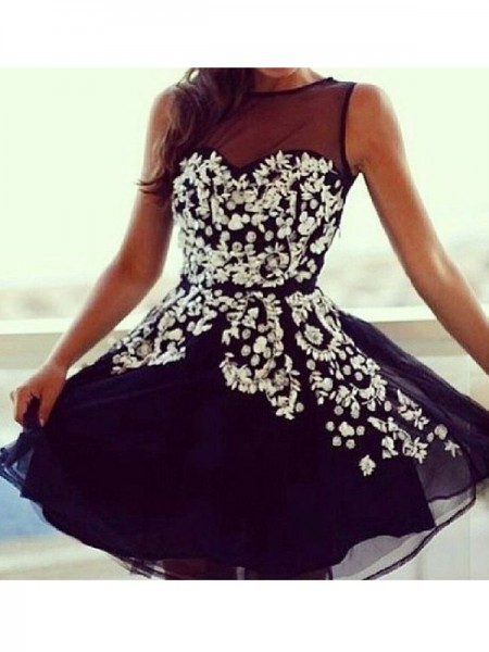 A-line/Princess Short/Mini Tulle Sleeveless Scoop Applique Dresses