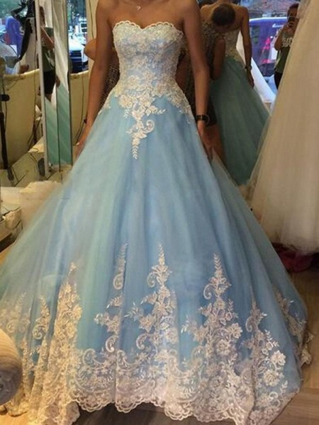 Ball Gown Sweep/Brush Train Tulle Sleeveless Sweetheart Applique Dresses