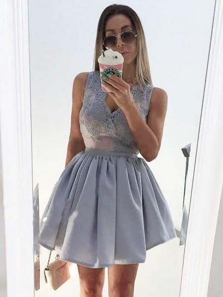 A-line/Princess Short/Mini Satin Sleeveless V-neck Applique Dresses