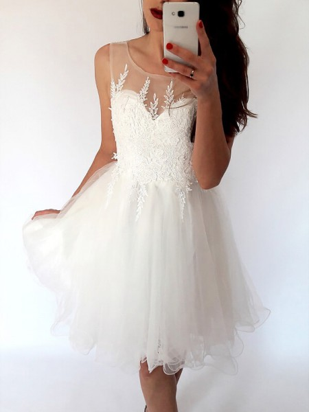A-line/Princess Short/Mini Tulle Sleeveless Scoop Dresses