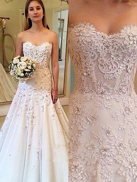A-Line/Princess Court Train Lace Sleeveless Sweetheart Wedding Dresses