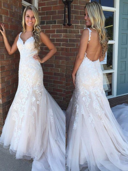 Trumpet/Mermaid V-neck Sleeveless Sweep/Brush Train Applique Tulle Wedding Dresses
