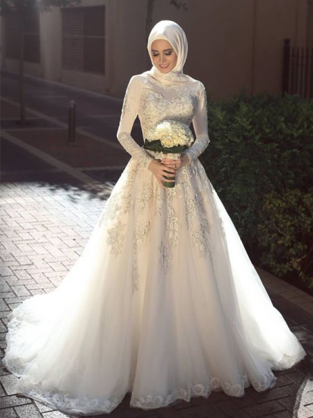 Ball Gown Jewel Long Sleeves Sweep/Brush Train Applique Tulle Muslim Wedding Dresses